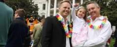 Figli ai gay, S. Sede contro Cassazione: i bambini non sono una merce