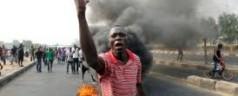 Nigeria: islamici attaccano una scuola cristiana, studenti bruciati vivi